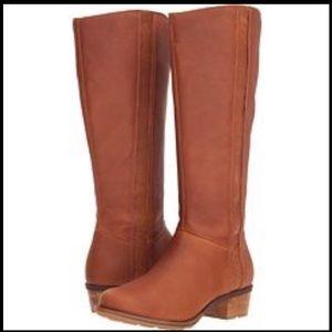 NEW Chaco High Cataluna Waterproof Boots